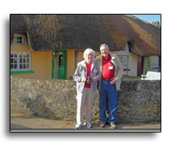 Shops with thatched roofs in Adare